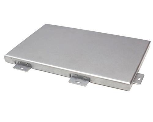 不同类型的铝单板的厚度要求是什么?